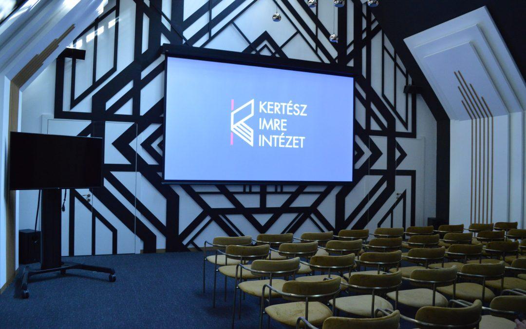Digital signage és konferenciatechnika a Kertész Imre Intézetben